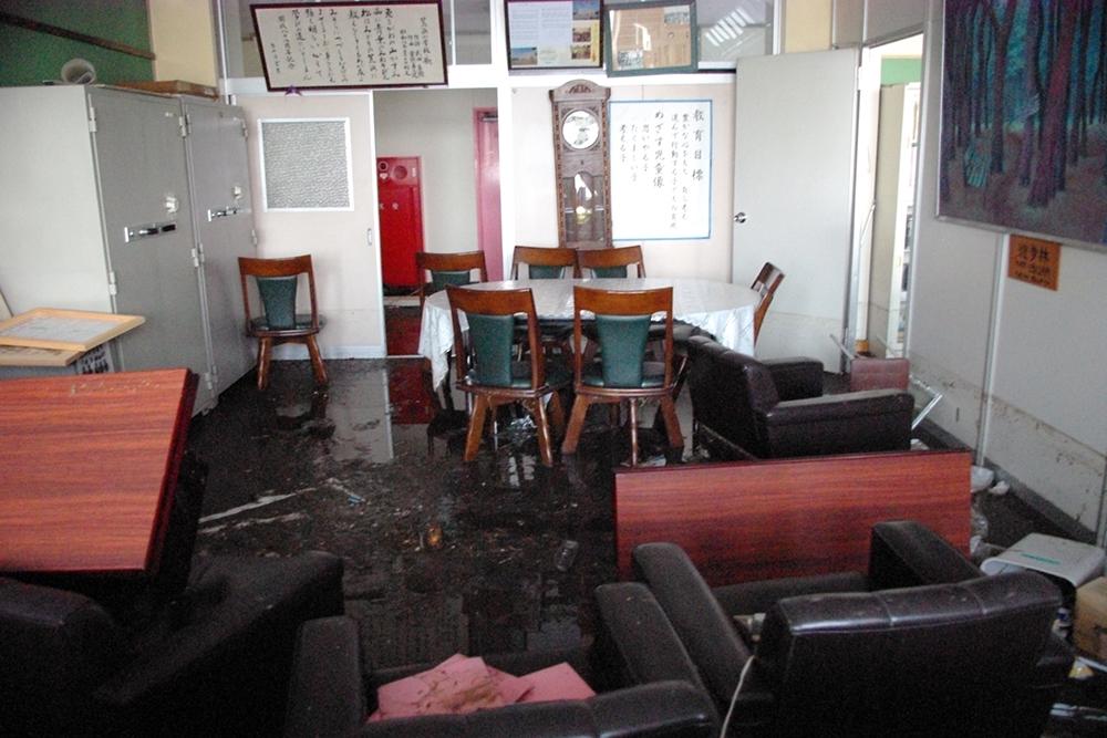仙台市立荒浜小学校定点観測写真06〈2階校長室〉