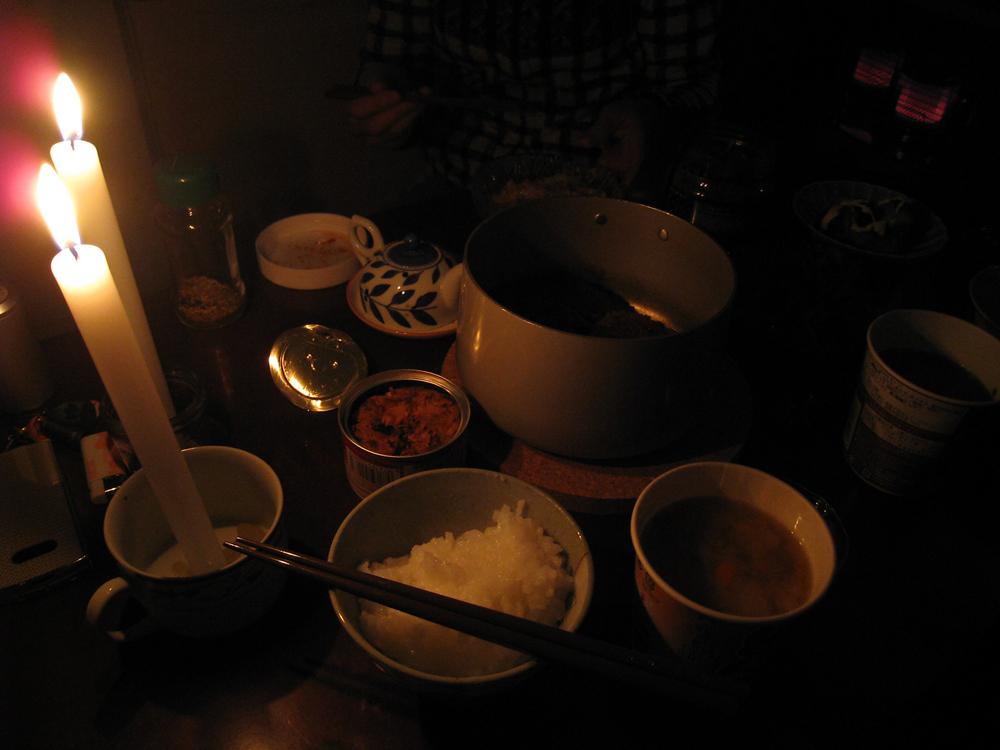 反射式石油ストーブで調理した夜ご飯<
