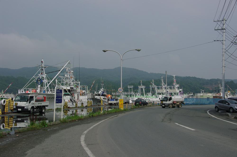 2013年8月気仙沼市お魚いちば前の道路