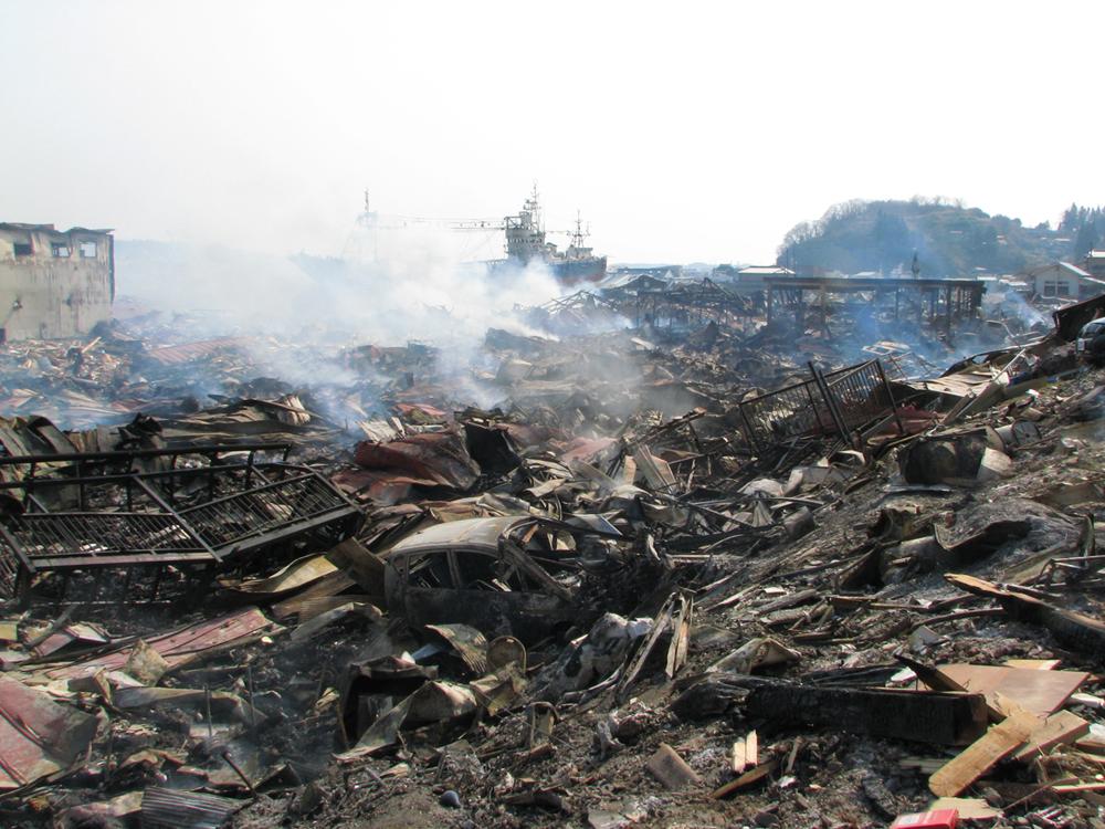 津波と火災の後