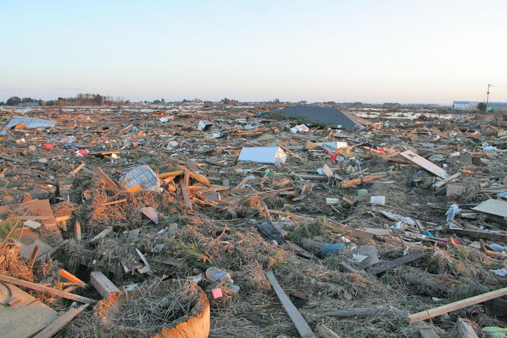 2011年3月18日仙台市若林区荒井