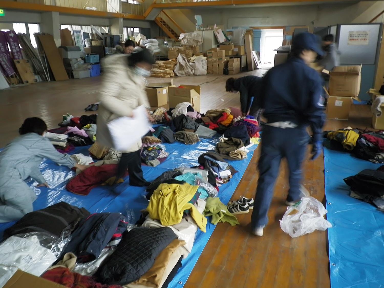 支援物資を各避難所毎に仕分ける