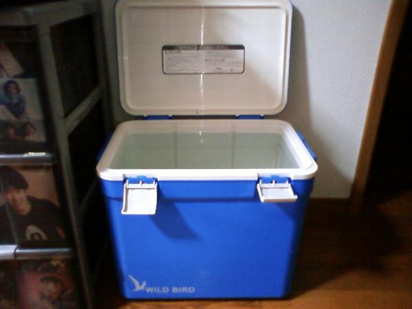 調理用水はクーラボックスで保管
