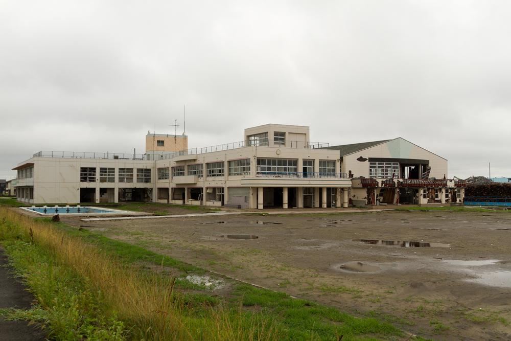 中野小学校全景
