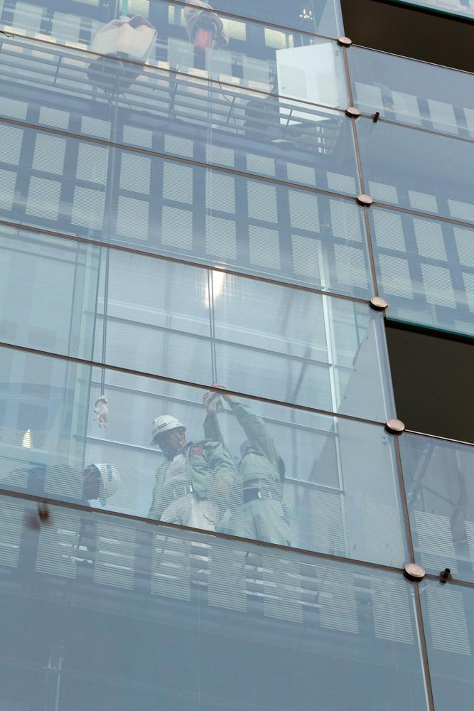 大ガラスの修繕