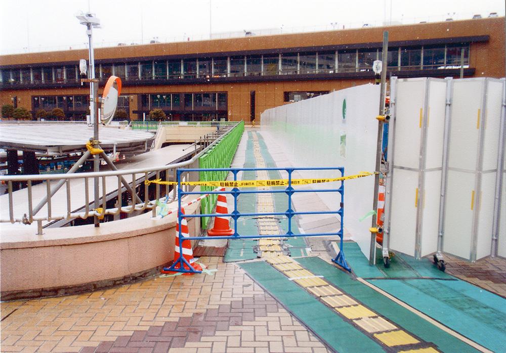2011年3月17日 仙台駅前 封鎖されたペデストリアンデッキ