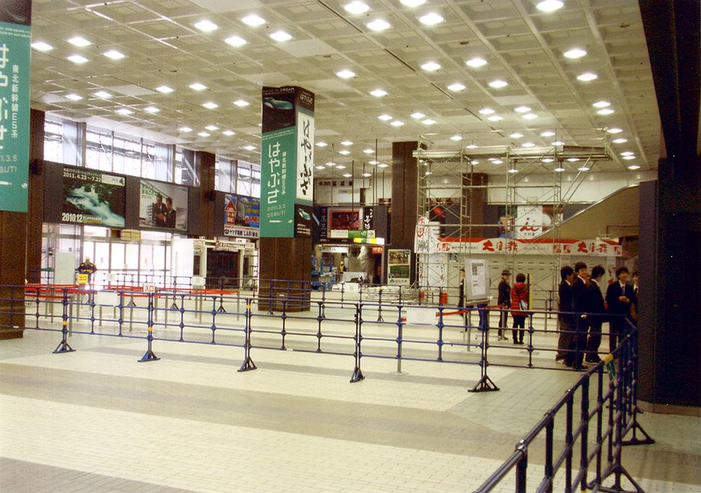2011年3月28日 仙台駅内部