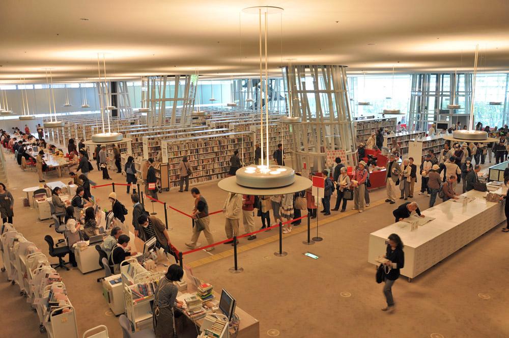 再開した市民図書館