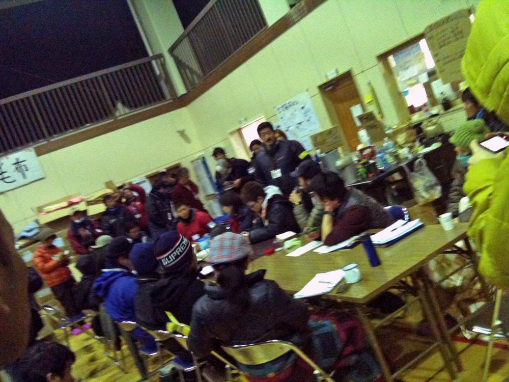 旧鱒渕小学校でのボランティアスタッフのミーティング