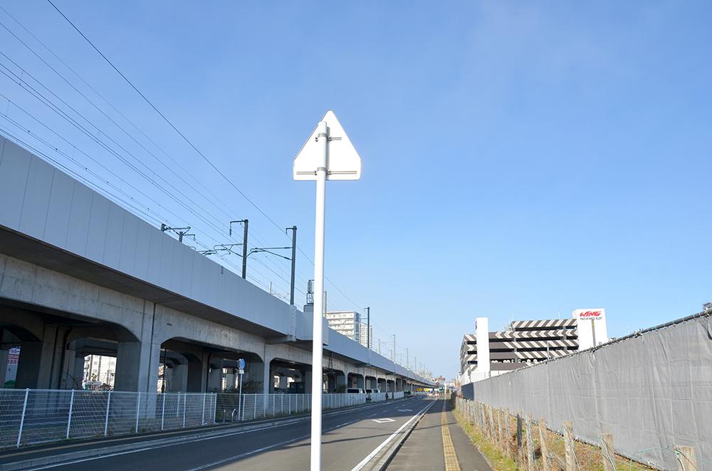 県道10号線方面 電柱