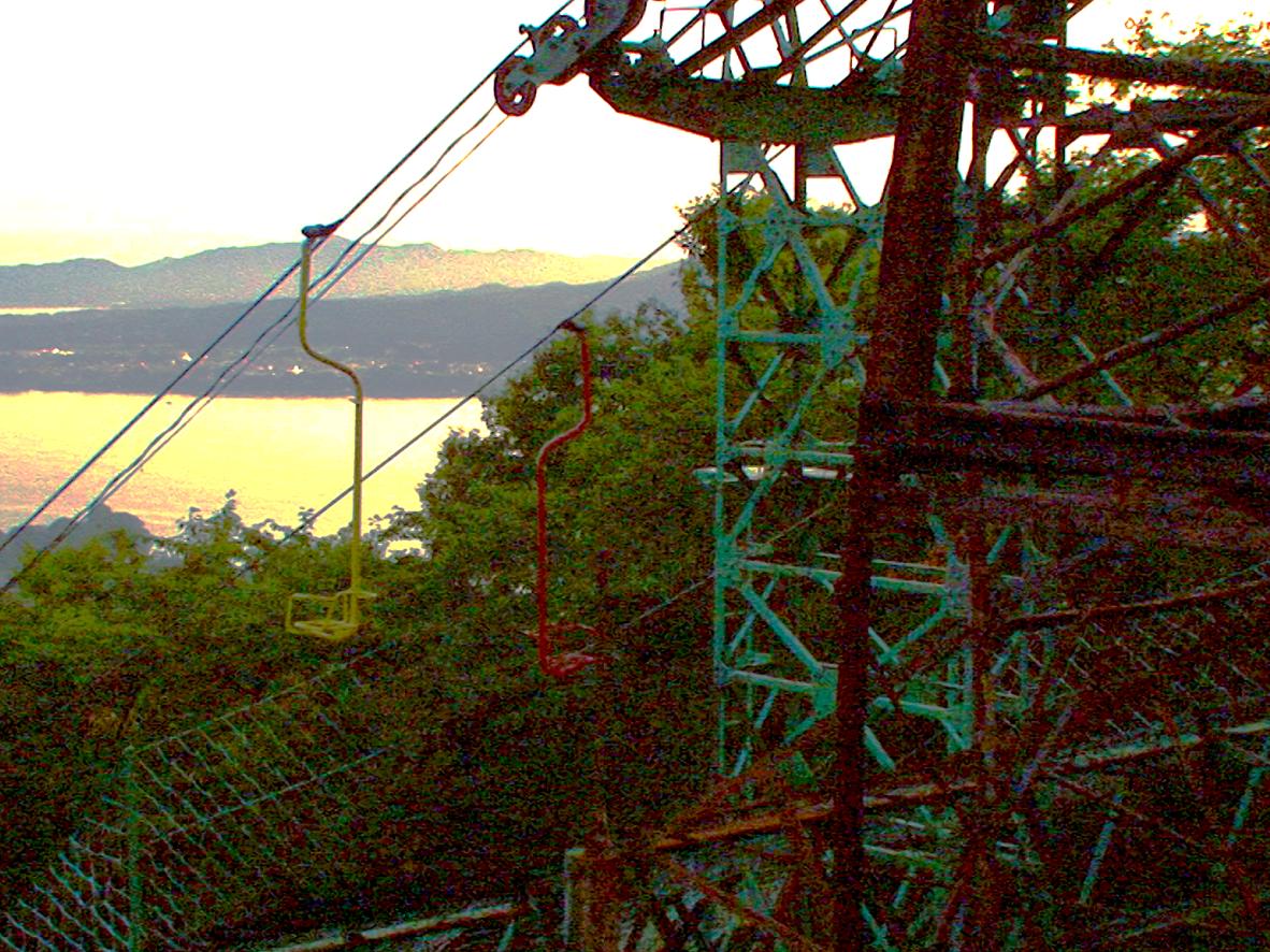 みみで眺めるー亀山ロープウェイ/気仙沼市大島